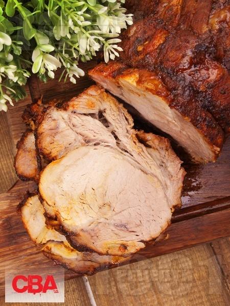 Маринован свински врат с подправки печен на фурна - снимка на рецептата